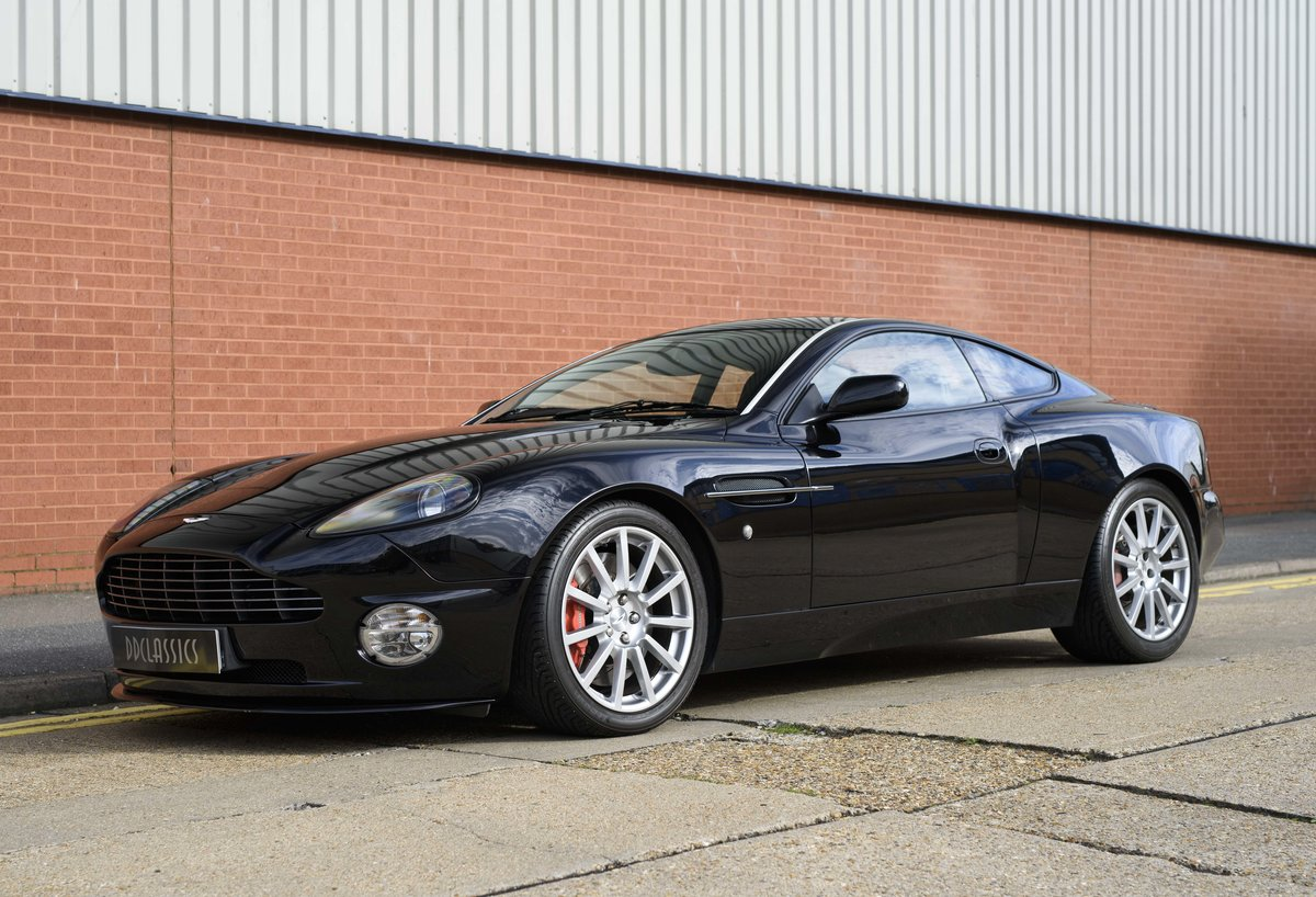 2005 Aston Martin Vanquish 2+2 S (RHD) - For sale in London For Sale (picture 1 of 24)