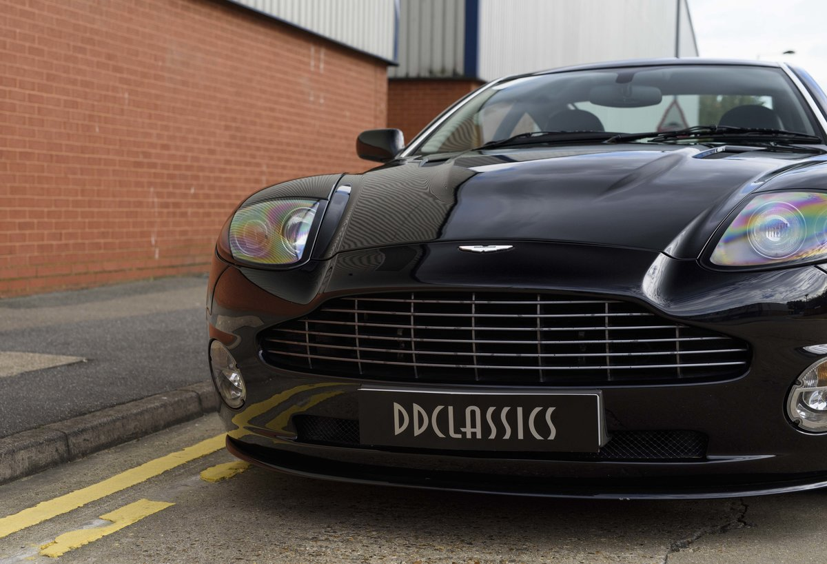 2005 Aston Martin Vanquish 2+2 S (RHD) - For sale in London For Sale (picture 10 of 24)