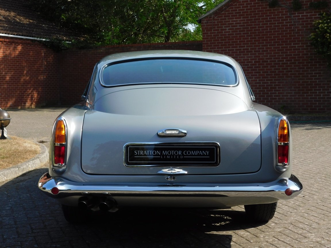 1961 Aston Martin DB4 Series II Sports Saloon For Sale (picture 7 of 11)