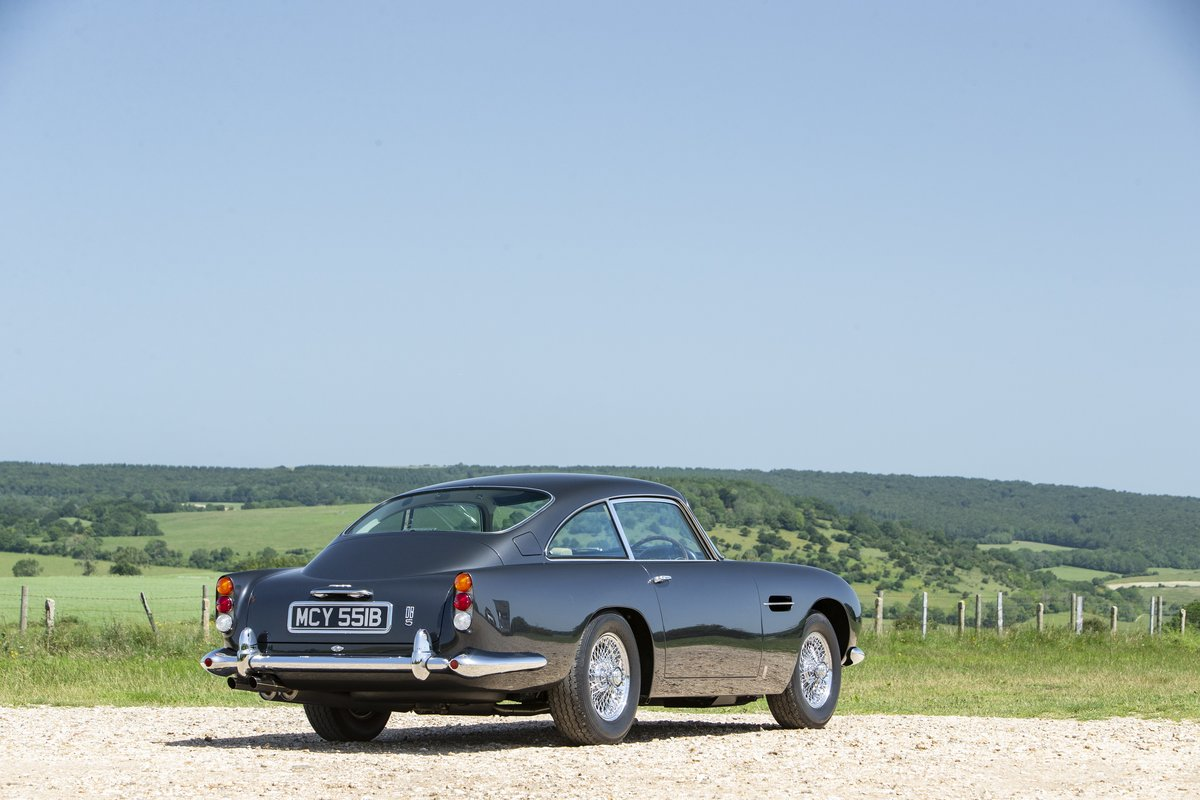 1964 A beautiful DB5 fully restored to the highest standards For Sale (picture 2 of 6)