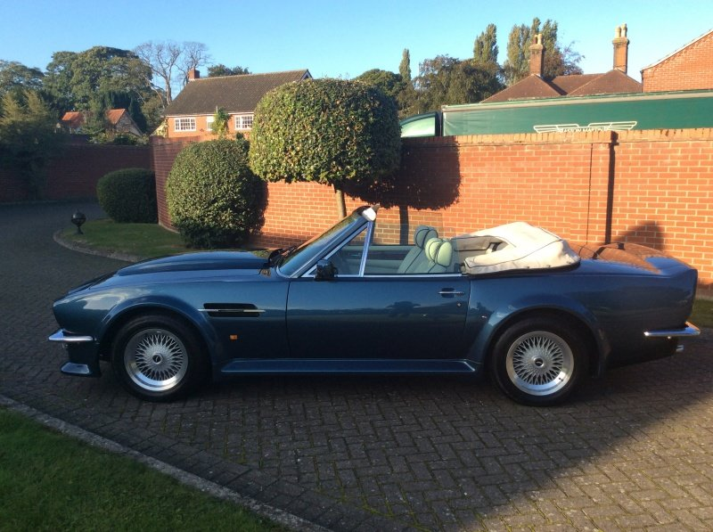 1987 Aston Martin V8 Vantage X-Pack Volante 5.3 Manual For Sale (picture 6 of 17)