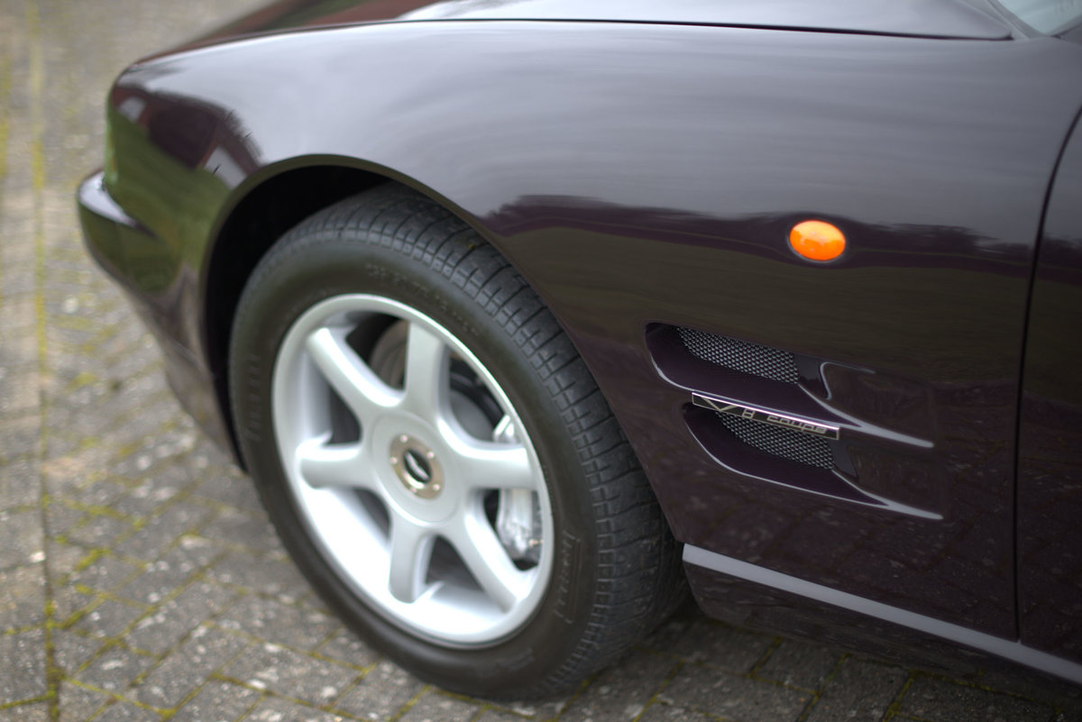1997 Aston Martin V8 Coupe For Sale (picture 5 of 19)