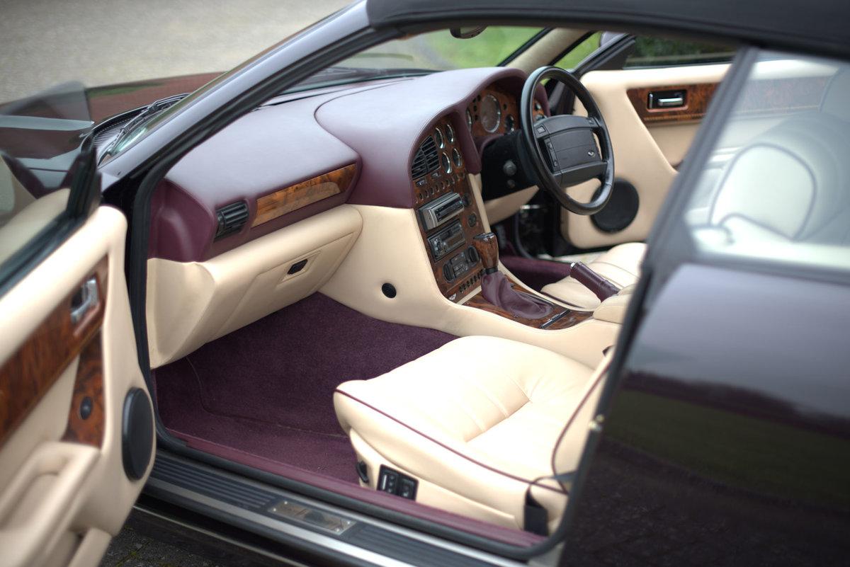 1998 Aston Martin V8 Volante LWB For Sale (picture 12 of 15)