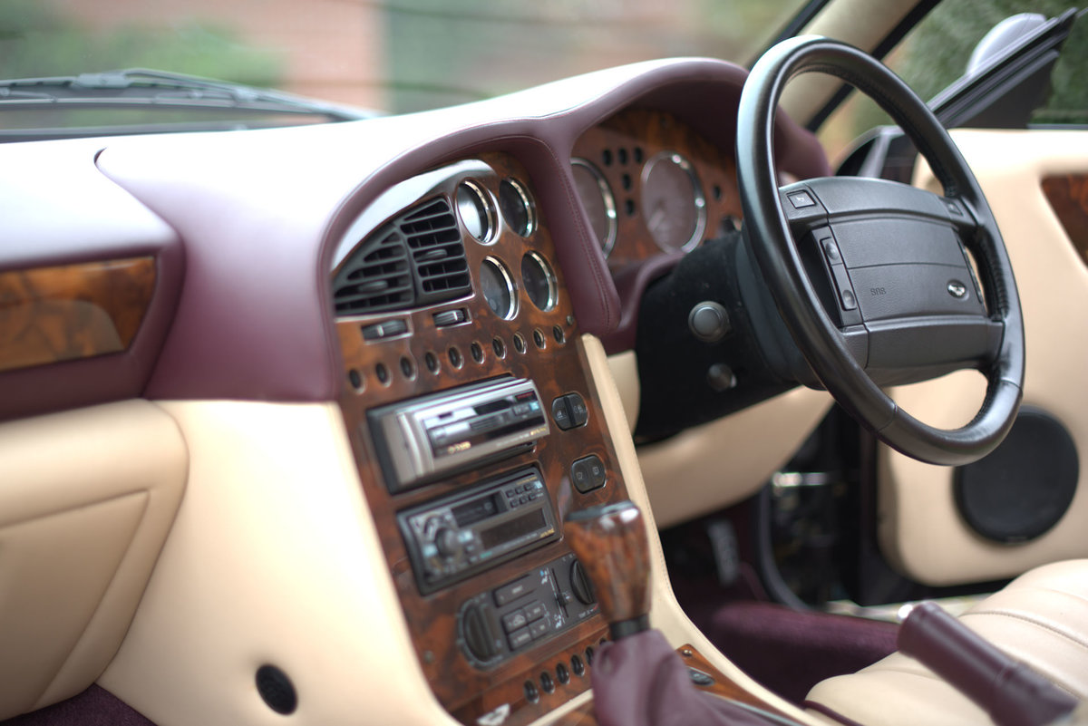 1998 Aston Martin V8 Volante LWB For Sale (picture 13 of 15)