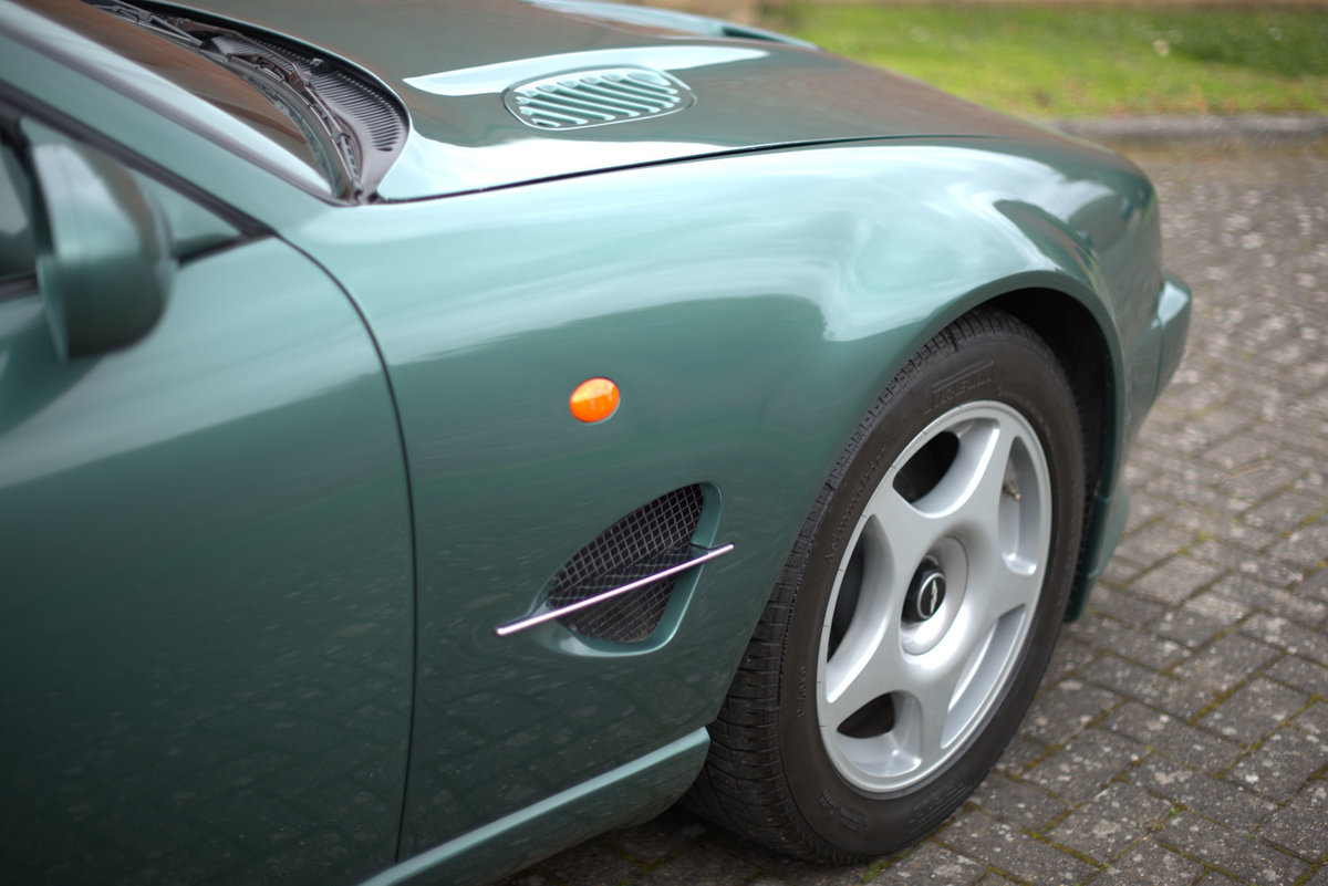 2000 Aston Martin Le Mans V600 For Sale (picture 6 of 17)