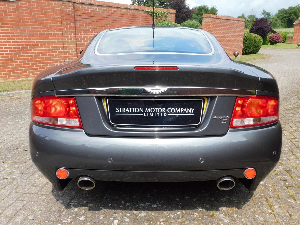 2006 Low Mileage Aston Martin Vanquish S For Sale (picture 4 of 11)