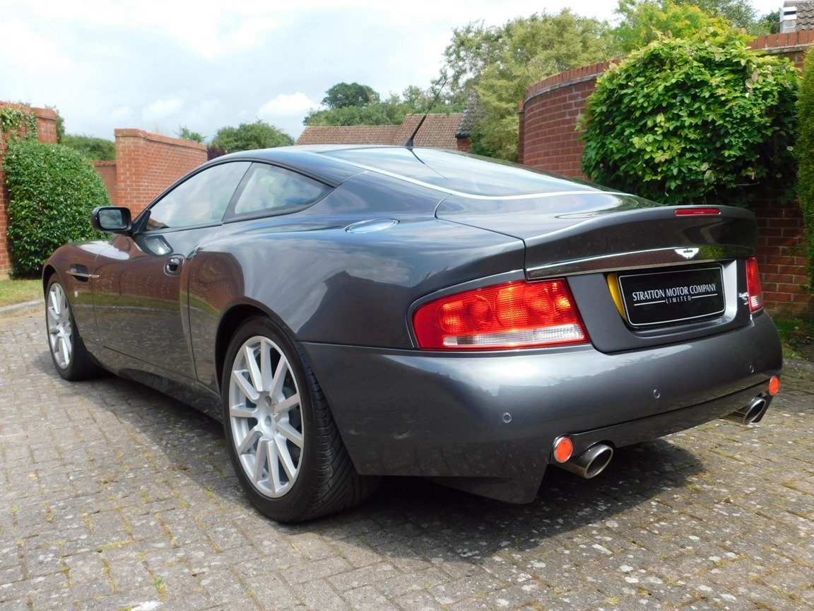 2006 Low Mileage Aston Martin Vanquish S For Sale (picture 5 of 11)