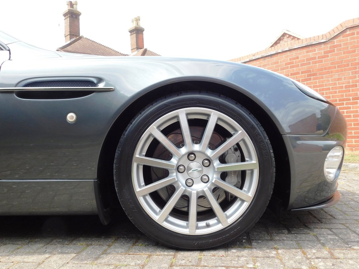 2006 Low Mileage Aston Martin Vanquish S For Sale (picture 7 of 11)
