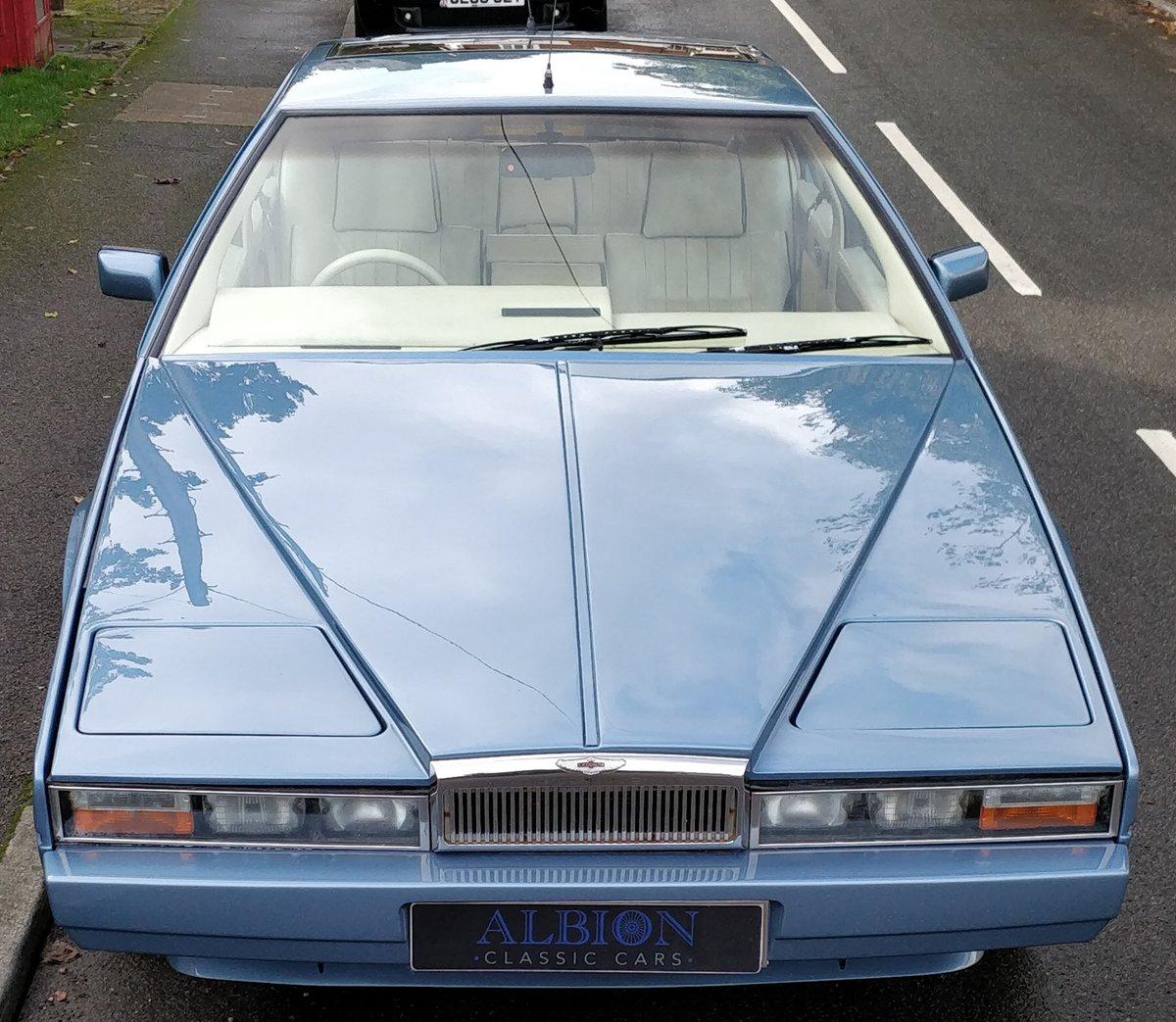 1986 Aston Martin Lagonda rare Series 3 restored For Sale (picture 2 of 6)