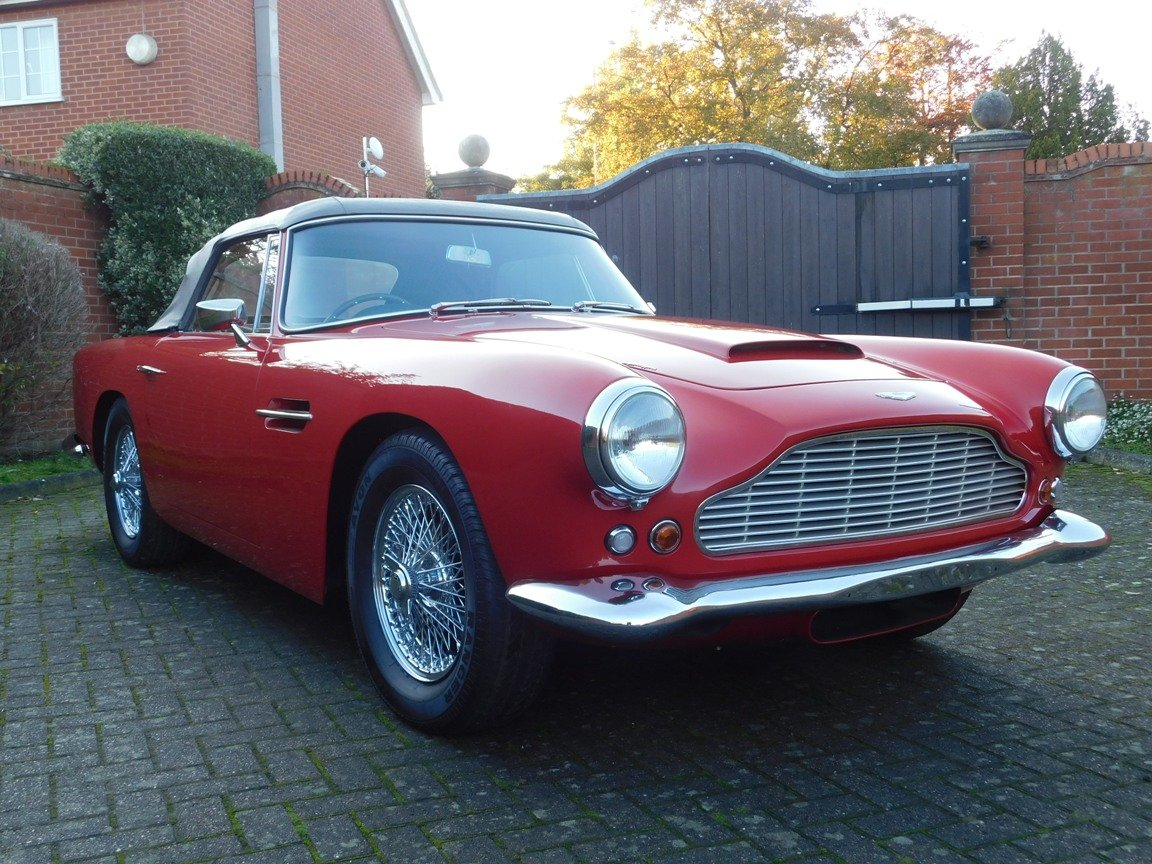 1962 Aston Martin DB4 Series 5 Vantage Convertible For Sale (picture 14 of 16)