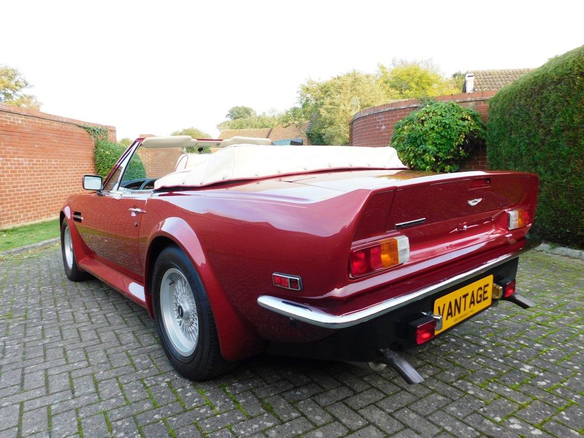1988 Aston Martin V8 Vantage Volante LHD For Sale (picture 6 of 17)