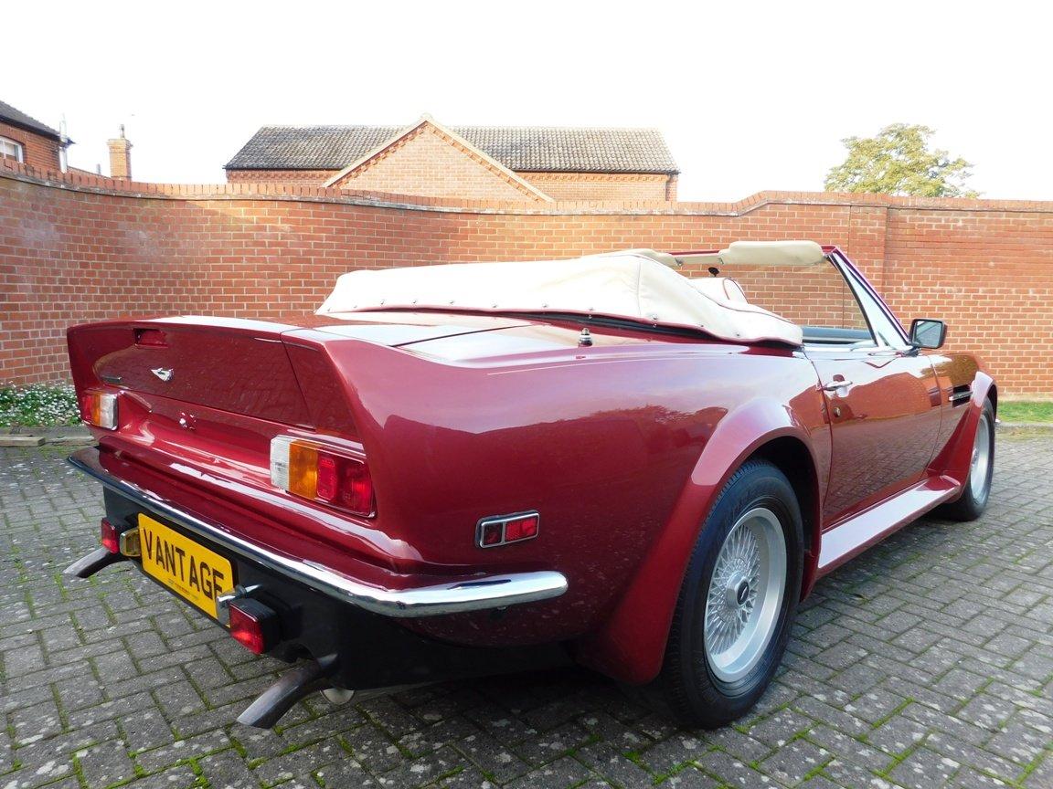 1988 Aston Martin V8 Vantage Volante LHD For Sale (picture 7 of 17)