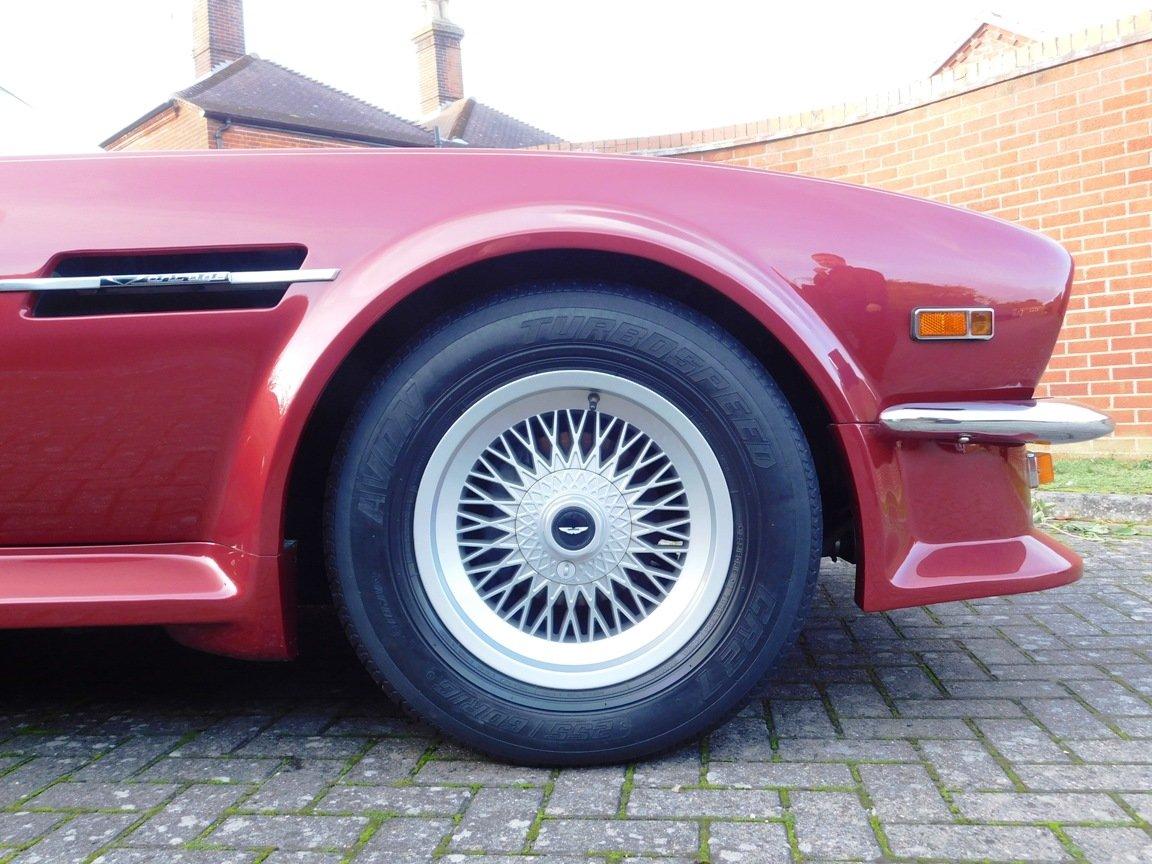 1988 Aston Martin V8 Vantage Volante LHD For Sale (picture 9 of 17)