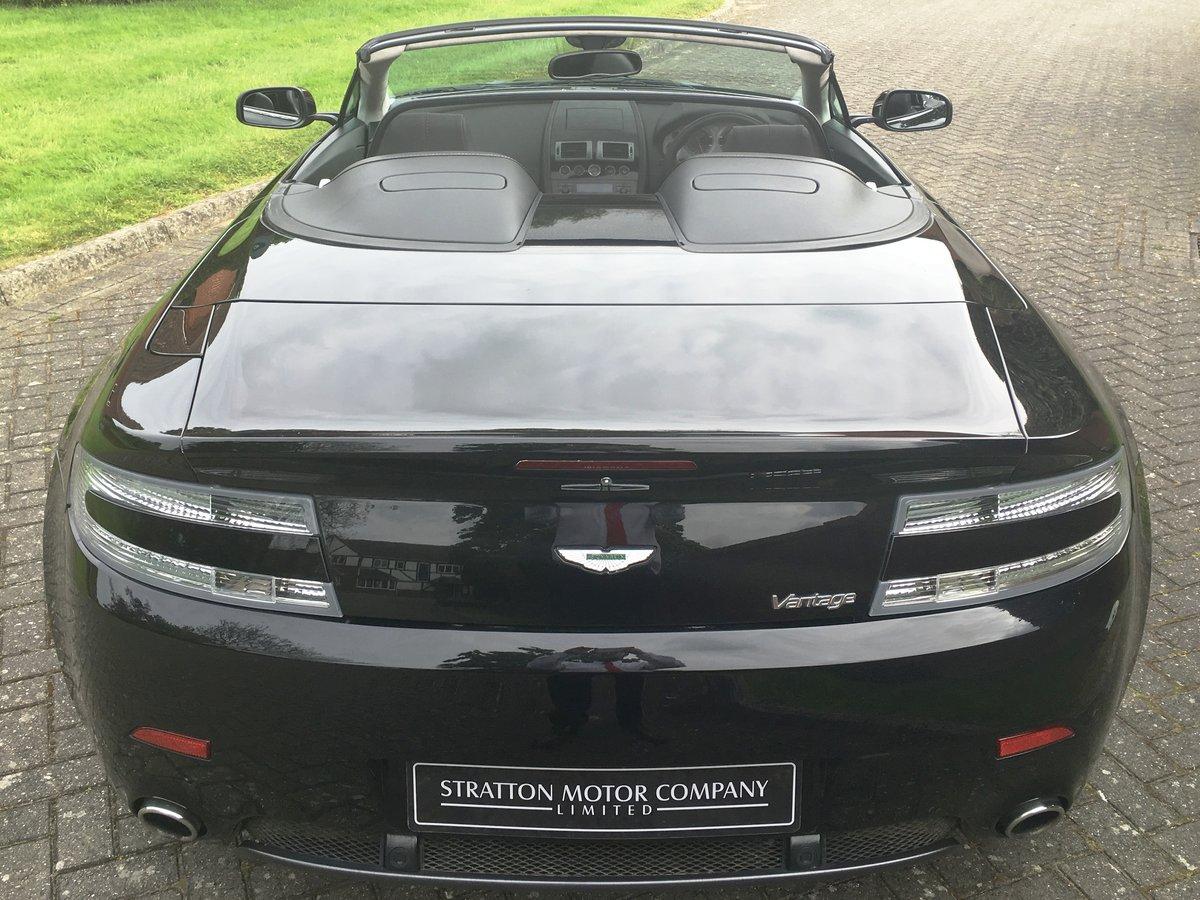 2009 Aston Martin V8 Vantage Roadster For Sale (picture 8 of 9)