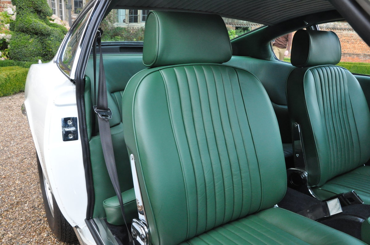 Concours winning 1971 Aston Martin DBSV8 (factory LHD) For Sale (picture 4 of 6)