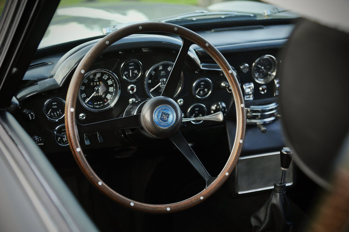 1964 Aston Martin DB5 (original LHD) For Sale (picture 4 of 6)