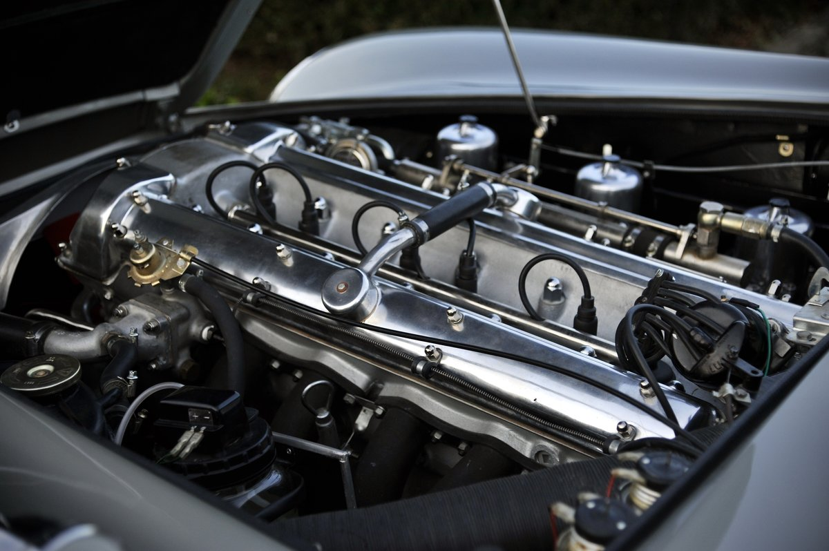 1964 Aston Martin DB5 (original LHD) For Sale (picture 6 of 6)
