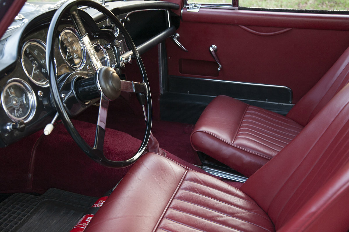 1958 Aston Martin DB MKIII LHD Stunning For Sale (picture 2 of 6)