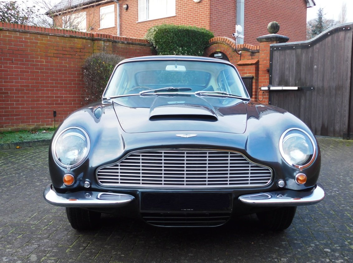 1968 Aston Martin DB6 For Sale (picture 2 of 13)