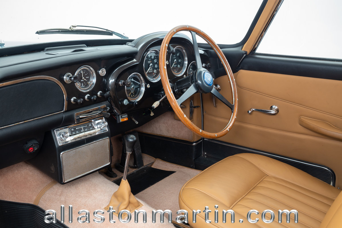 1960 Aston Martin DB4 Series II Saloon For Sale (picture 4 of 6)