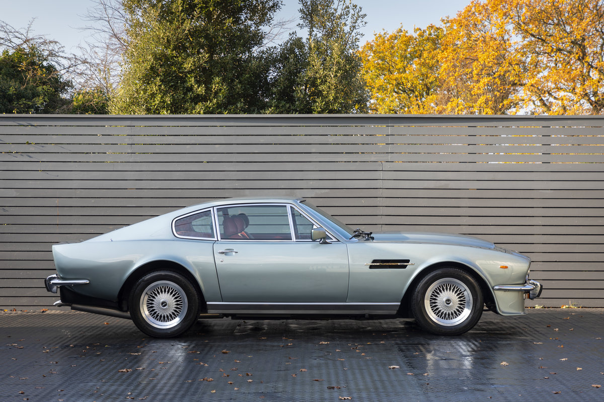 1984 ASTON MARTIN V8 Vantage Coupé MANUAL  SOLD (picture 5 of 24)