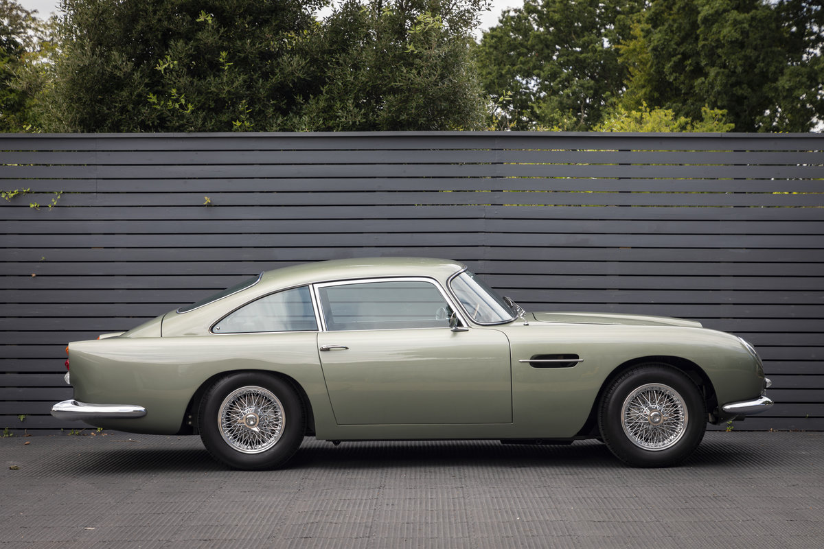 1963 Aston Martin DB4 Series 5 VANTAGE For Sale (picture 3 of 18)