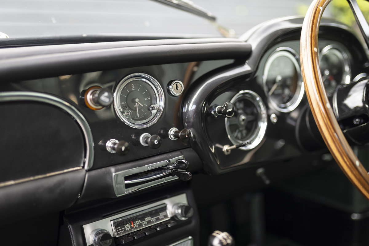 1963 Aston Martin DB4 Series 5 VANTAGE For Sale (picture 14 of 18)