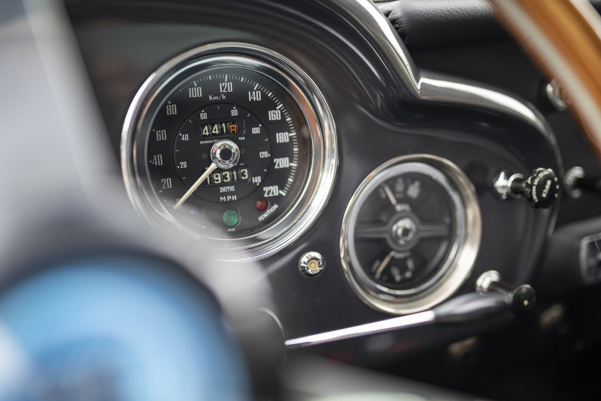 1959 Aston Martin DB4 Series II LHD For Sale (picture 17 of 23)