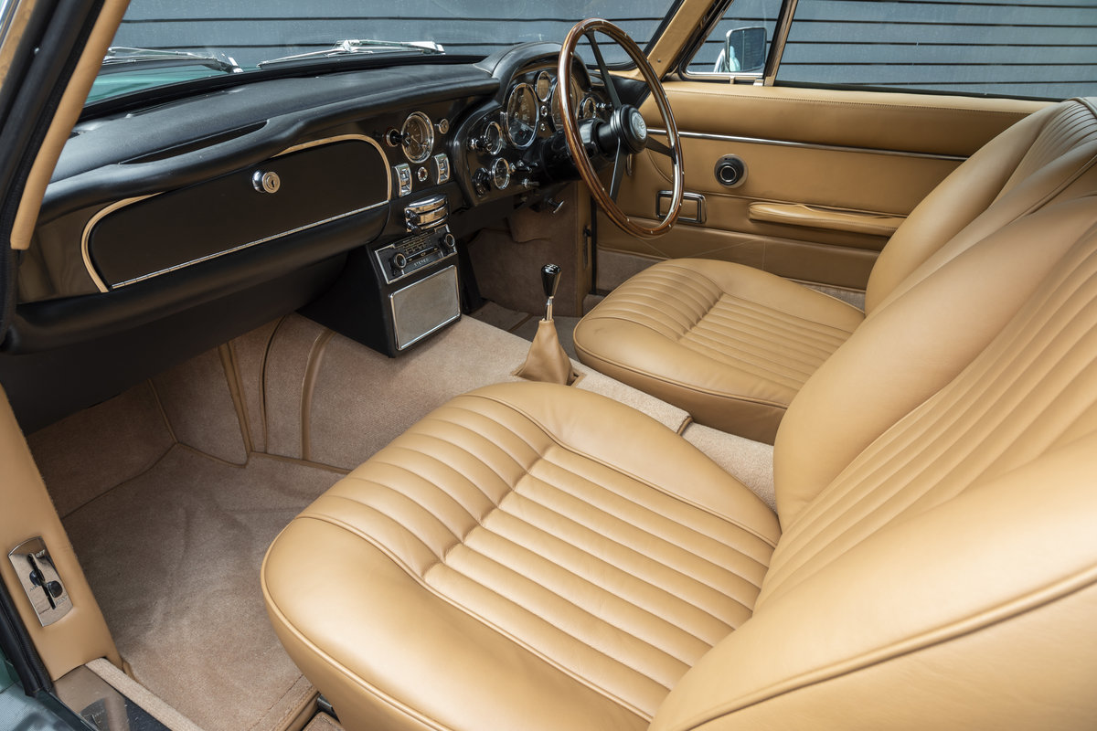 1970 Aston Martin DB6 MkII  For Sale (picture 13 of 19)