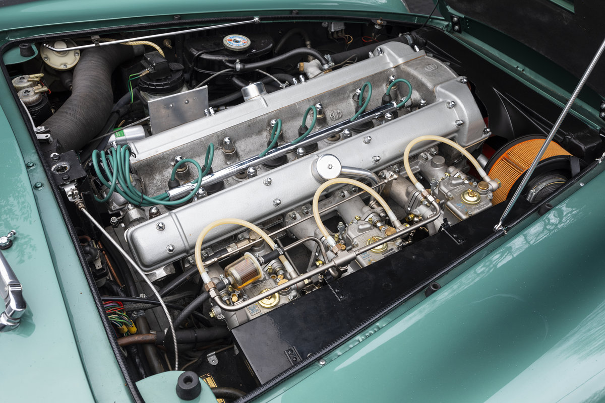 1970 Aston Martin DB6 MkII  For Sale (picture 17 of 19)