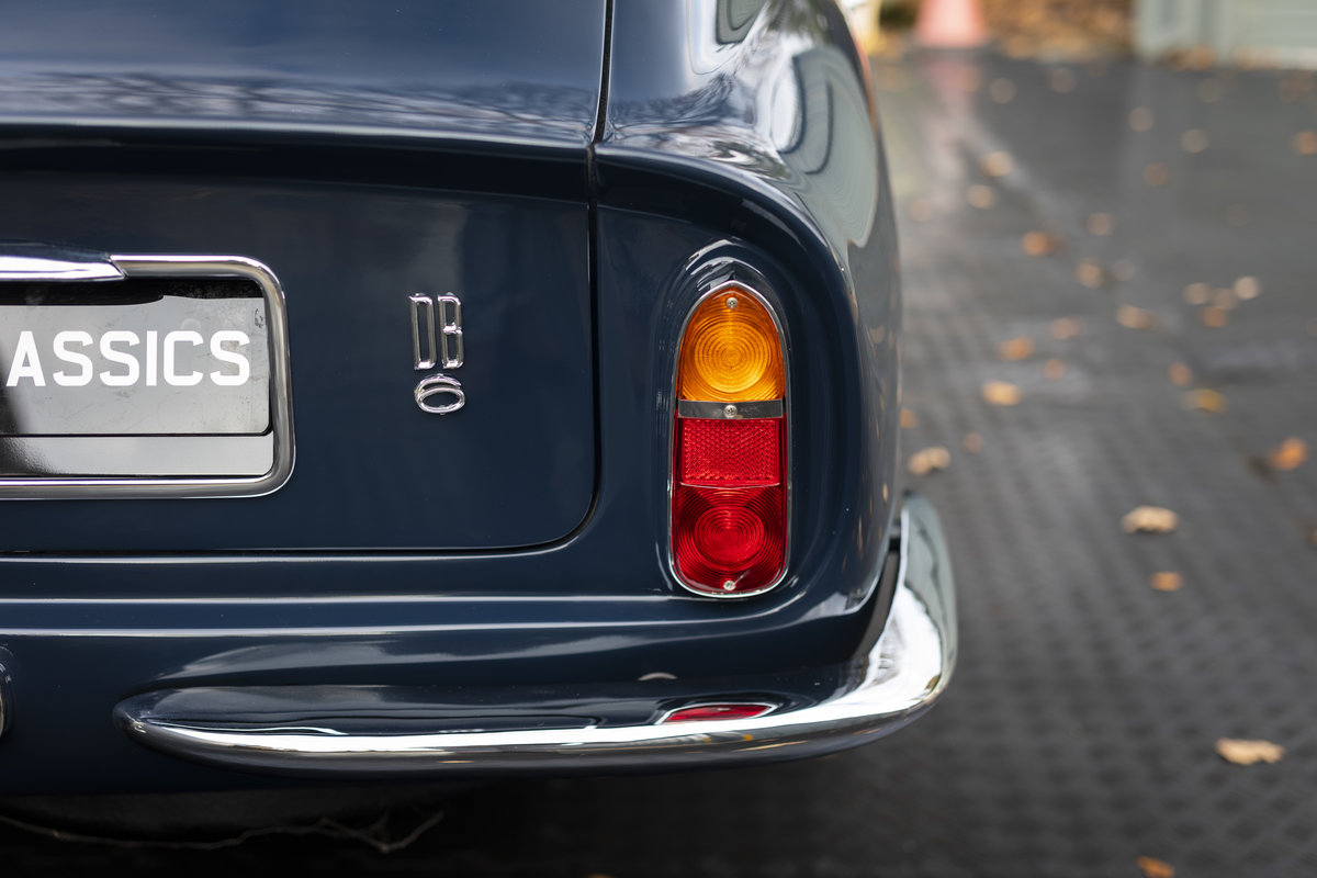 1967 Aston Martin DB6 AUTOMATIC SOLD (picture 12 of 24)
