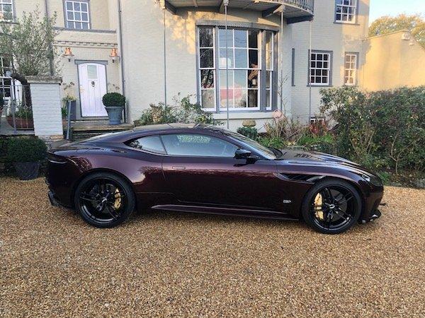 2019 Aston Martin DBS Superleggera 3,000 Miles !!! For Sale (picture 2 of 6)