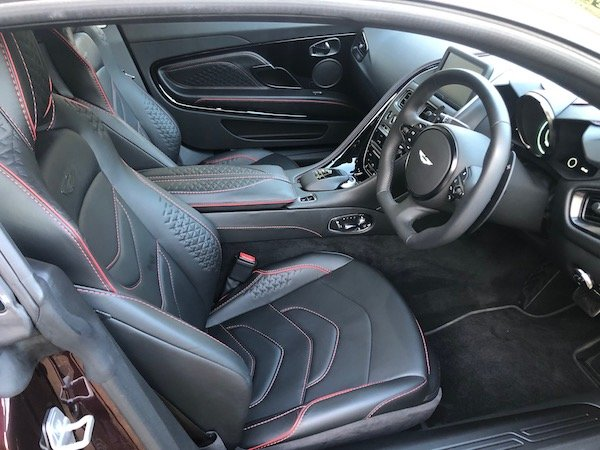 2019 Aston Martin DBS Superleggera 3,000 Miles !!! For Sale (picture 4 of 6)