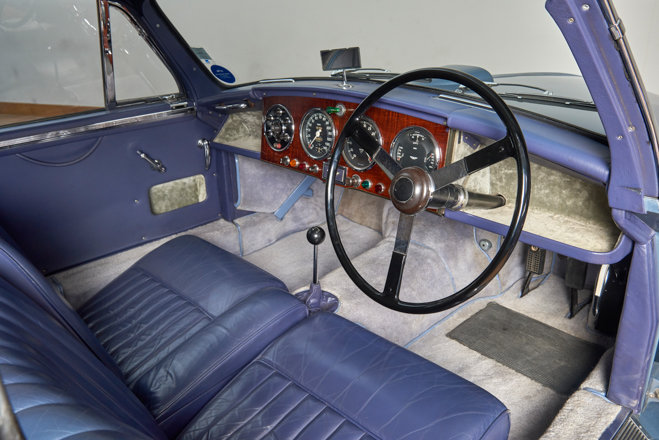 1955 Aston Martin DB2/4 Saloon For Sale (picture 4 of 6)