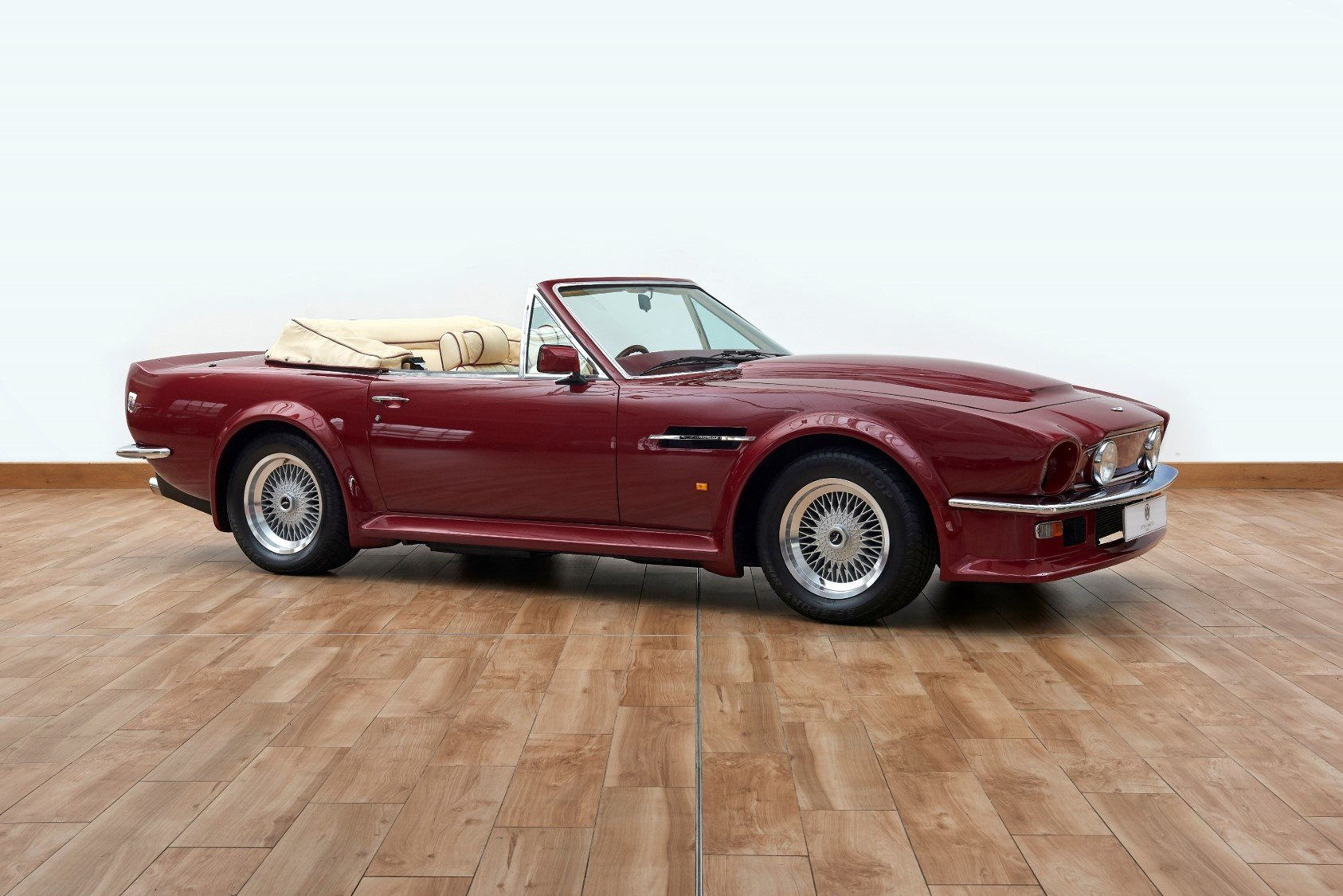 1987 Aston Martin AMV8 Vantage X-Pack Volante For Sale (picture 1 of 6)