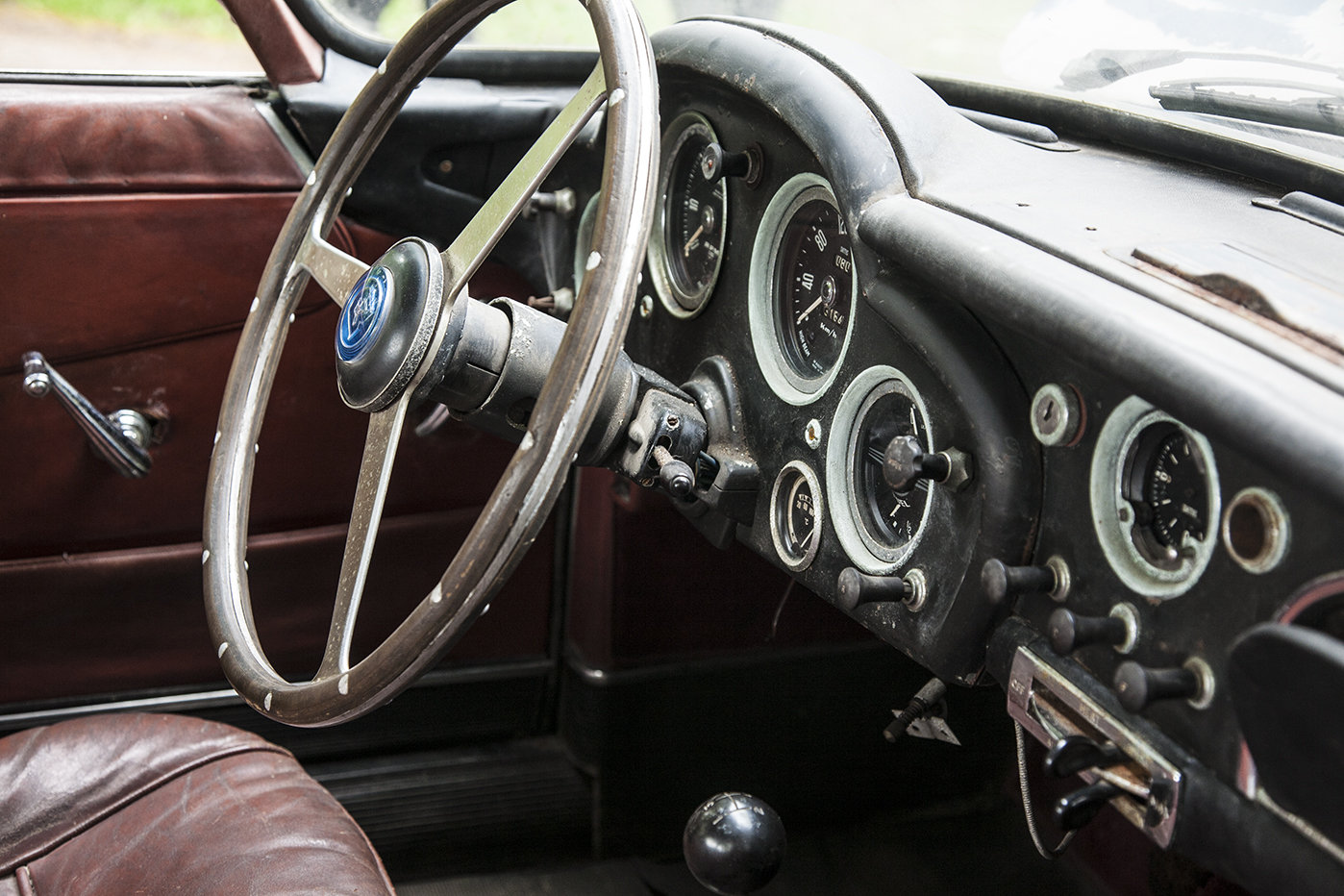 1959 LHD  DB4, 5th car made EX Geneva Show Car For Sale (picture 5 of 6)