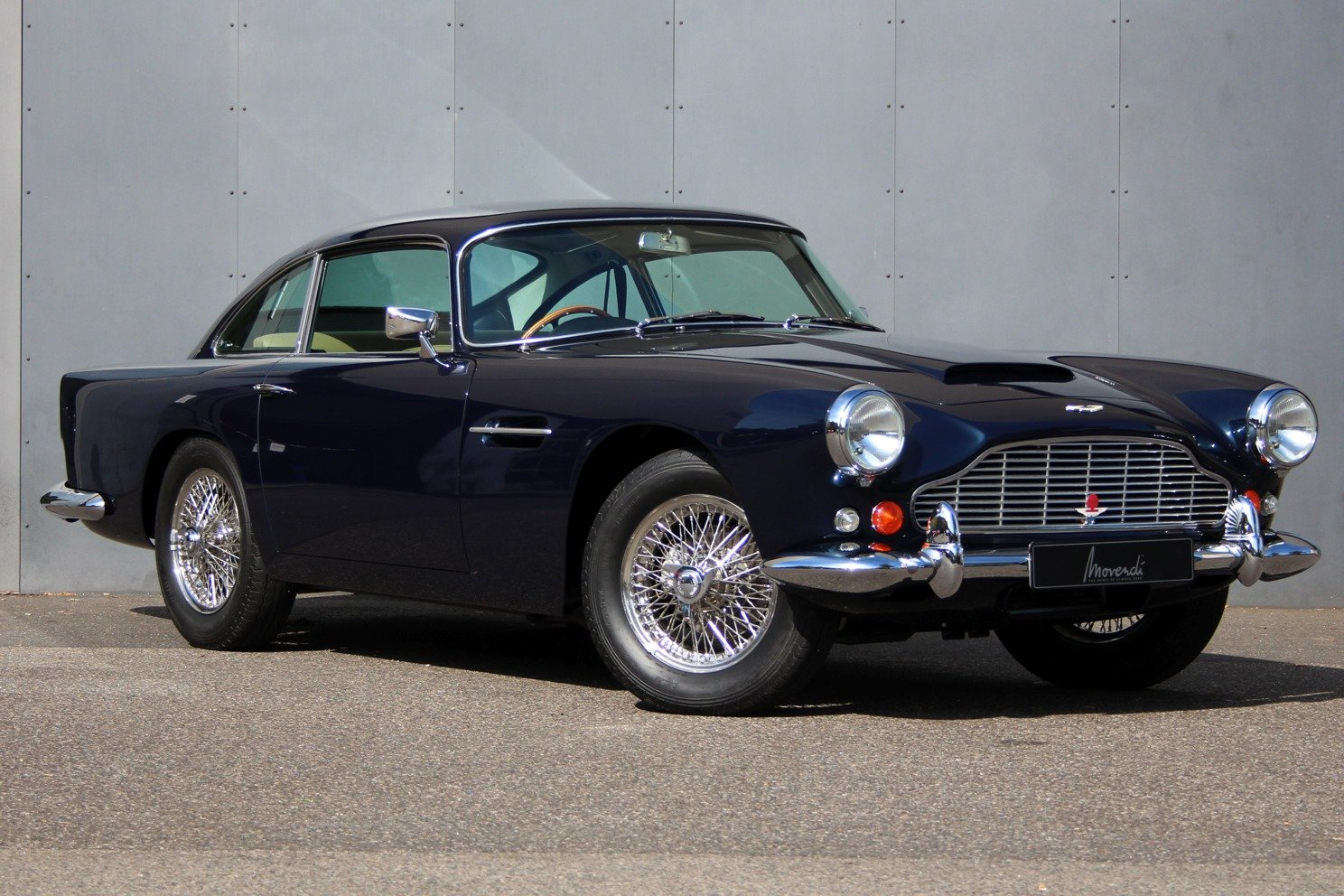 1963 Aston Martin DB4 Series V RHD - Ex. Victor Gaunlett For Sale (picture 1 of 6)