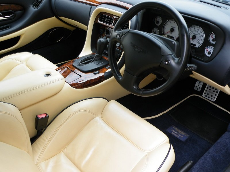 2002 DB7 Vantage Volante Jubilee For Sale (picture 4 of 6)