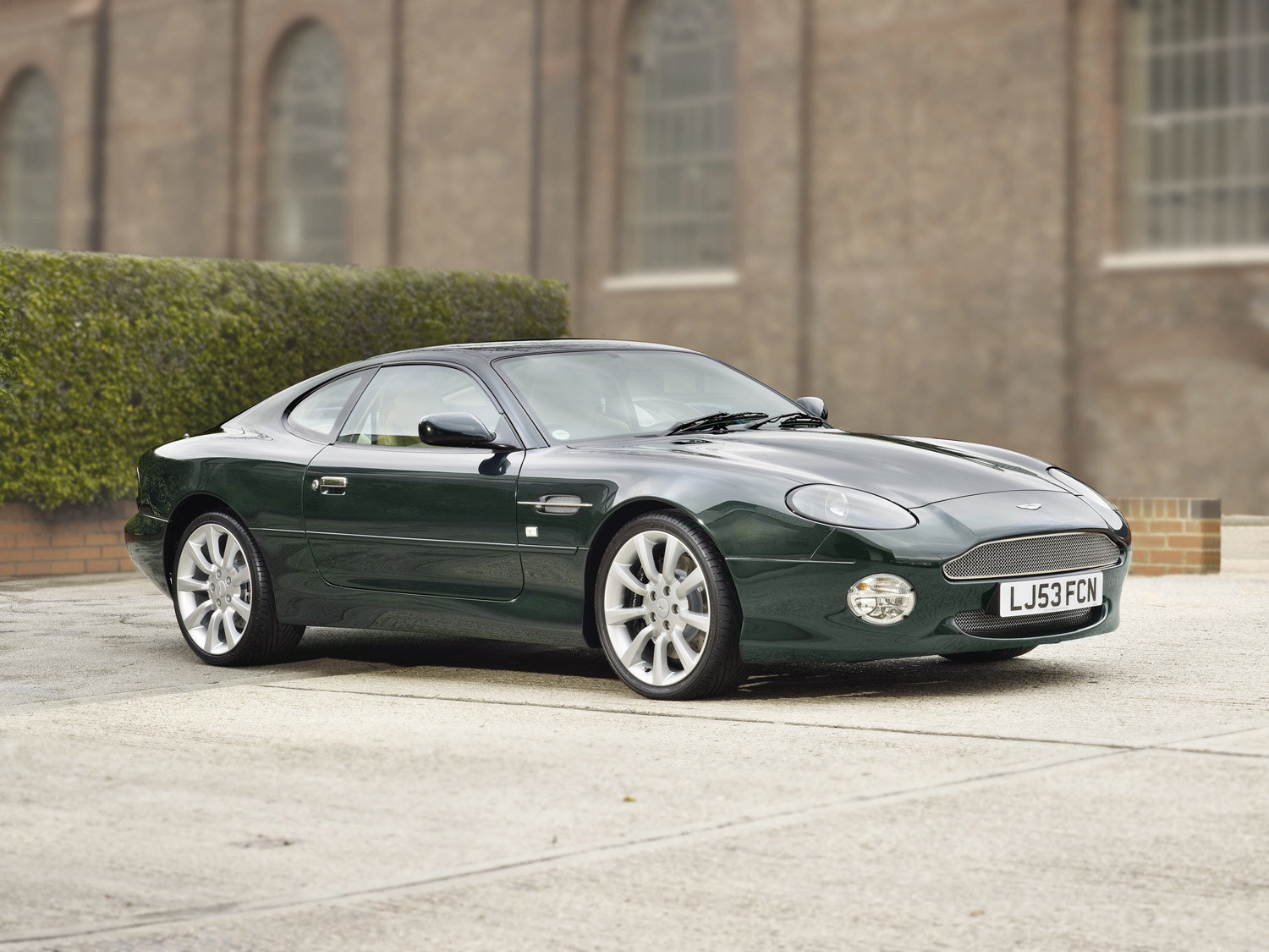 2004 DB7 Vantage.  (200 Miles Only / As New)  For Sale (picture 1 of 5)