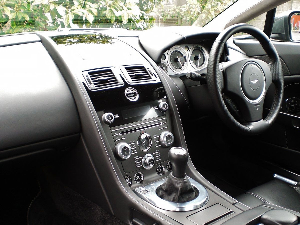 2013 ASTON MARTIN V8 VANTAGE COUPE 4.7 For Sale (picture 3 of 6)