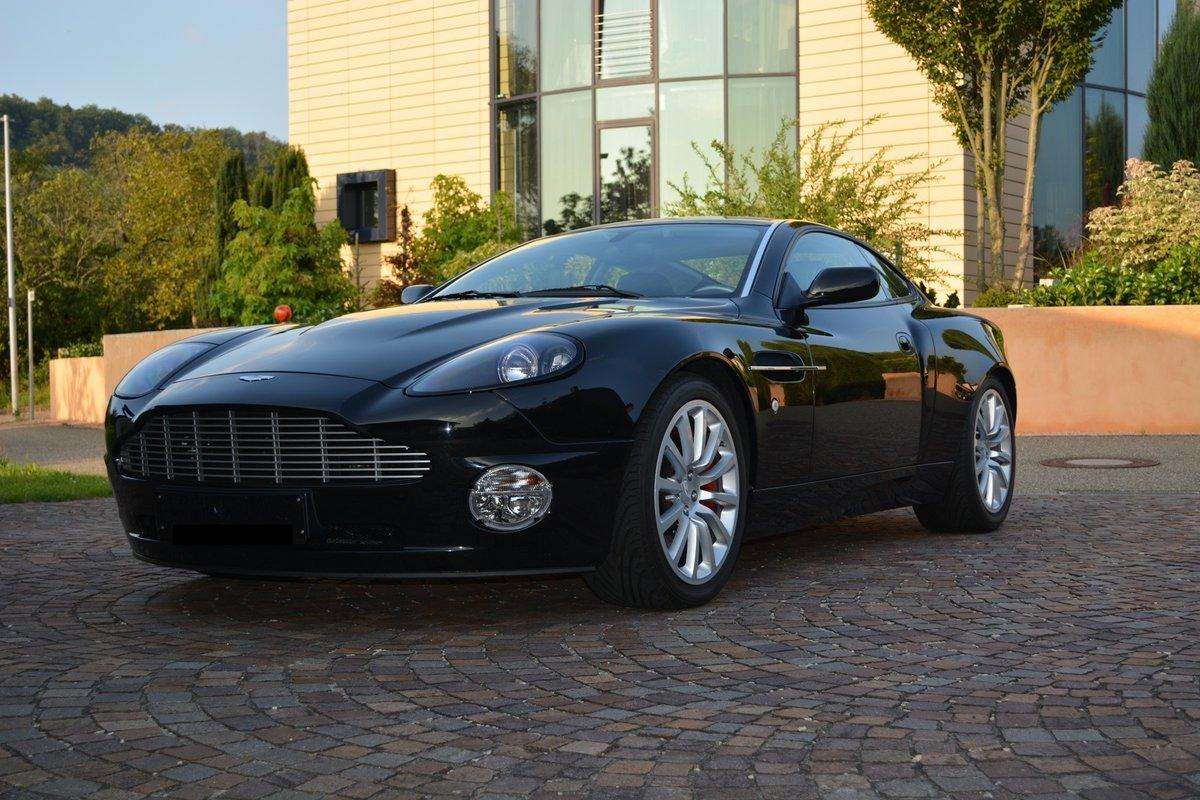 2001 Aston Martin Vanquish (LHD) 5720 miles Germam Reg. For Sale (picture 1 of 4)