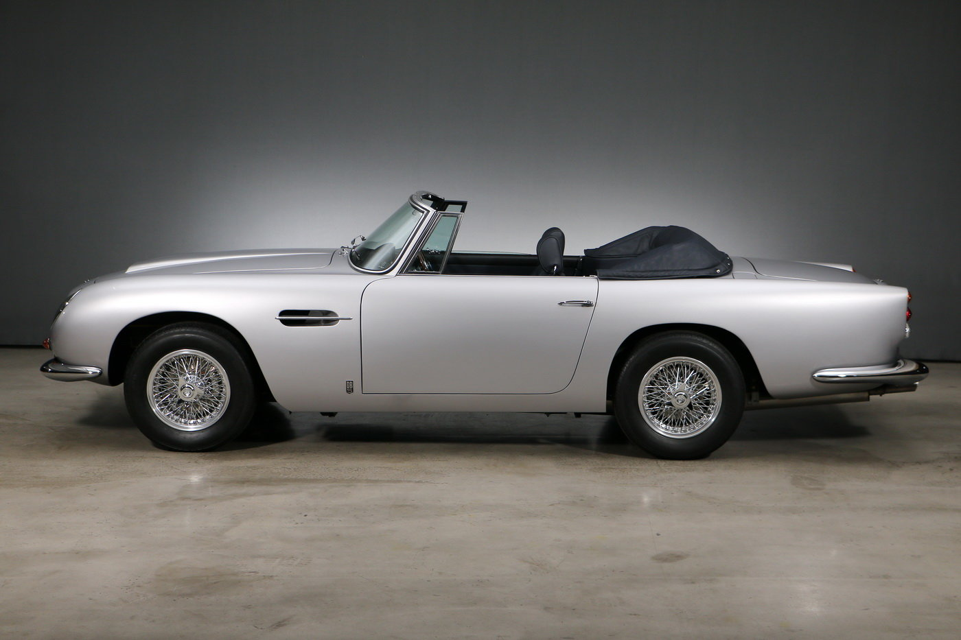 1965 Aston Martin DB 5 Convertible RHD For Sale (picture 3 of 6)