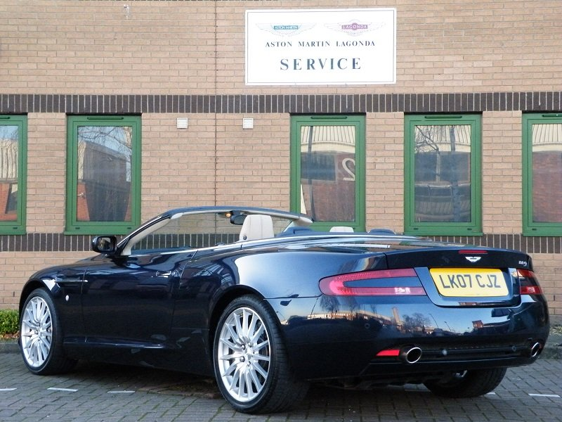 2007 DB9 Volante. Manual For Sale (picture 4 of 6)