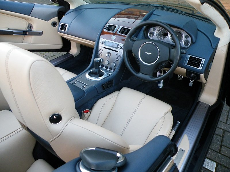 2007 DB9 Volante. Manual For Sale (picture 5 of 6)