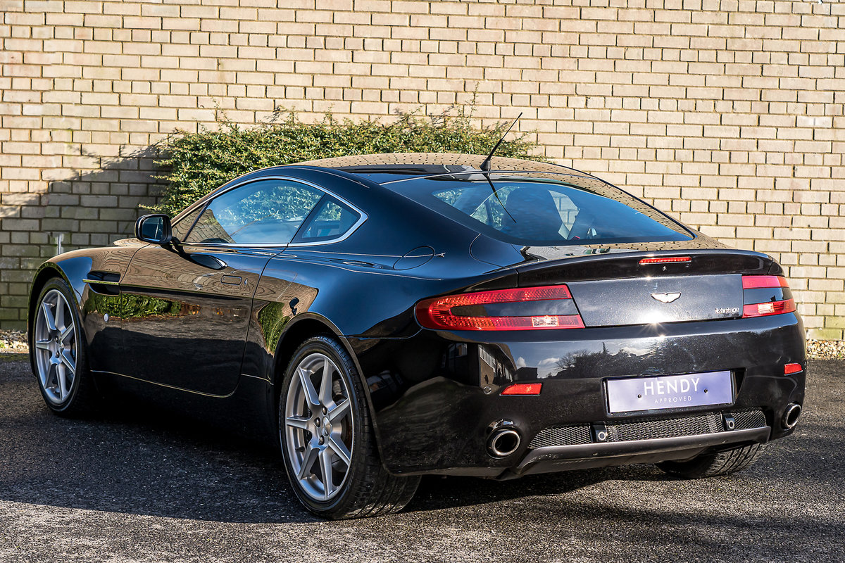2006 Aston Martin Vantage V8 Coupe 4.3 Manual For Sale (picture 2 of 6)