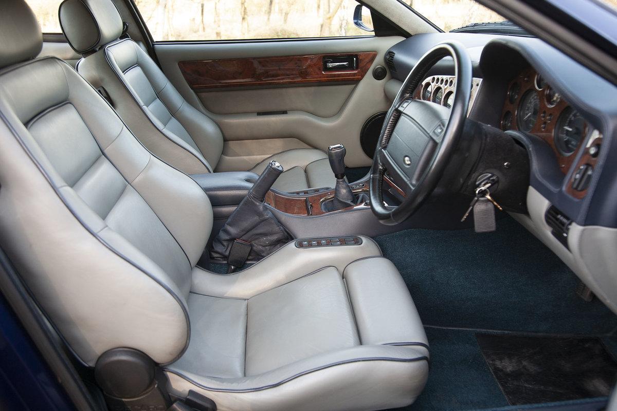 1996 Aston Martin V8 Vantage V550 (V600 Works Upgrade) For Sale (picture 2 of 6)