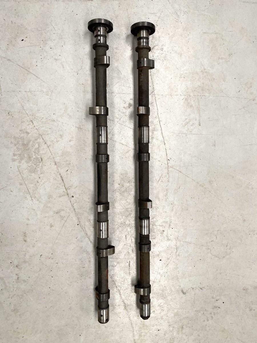 1963 Aston Martin DB5 Vantage Camshafts For Sale (picture 2 of 3)