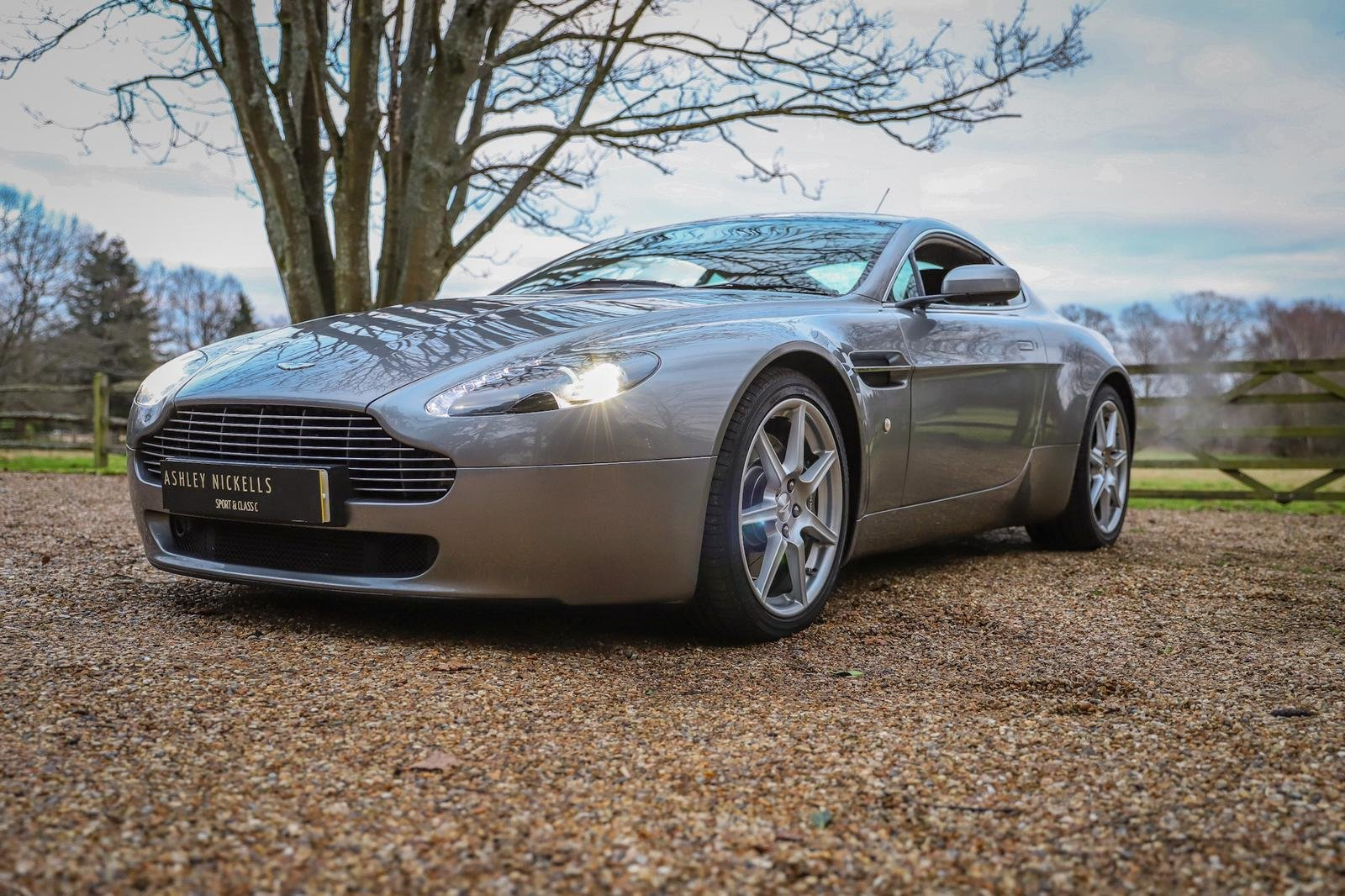 2006 EXCLUSIVE ASTON MARTIN MAIN DEALER HISTORY - IMMACULATE For Sale (picture 1 of 6)
