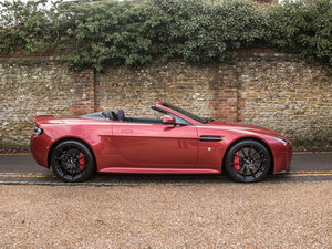 2015 Aston Martin    V12 Vantage S Roadster  For Sale