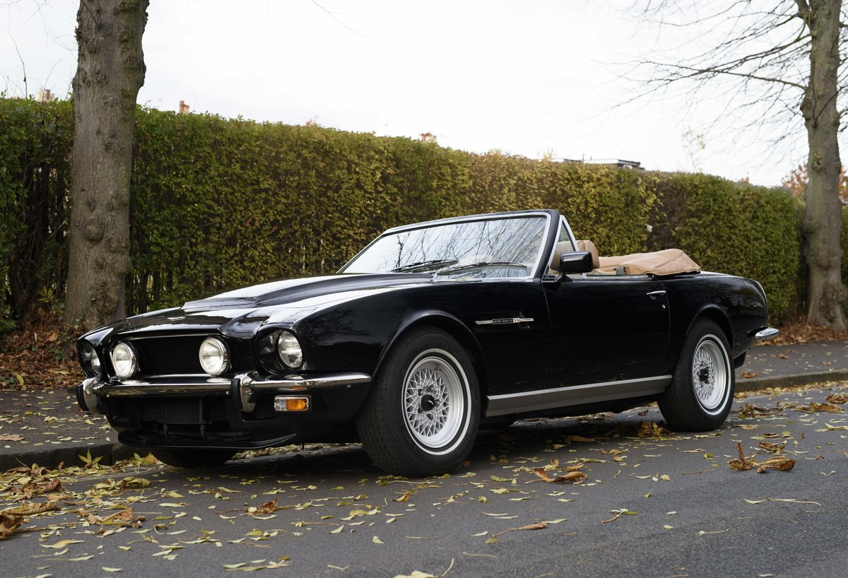 1986 Aston Martin V8 Volante For Sale In London (LHD) For Sale (picture 1 of 23)